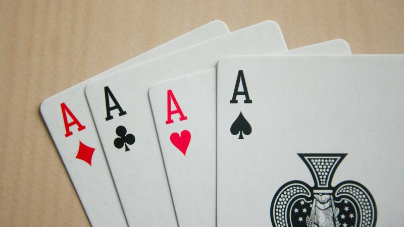 How to Play High Pairs in Poker